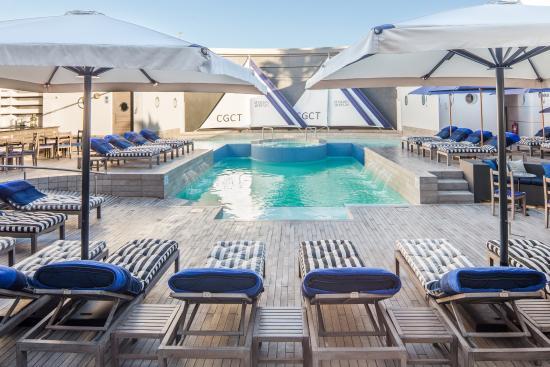 Cape Grace: Swimming Pool