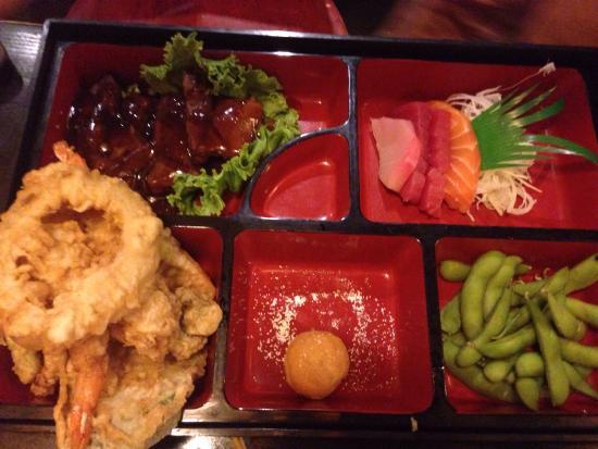 Happy Sashimi: Bento box