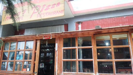 Helen's Pizza Ristorante