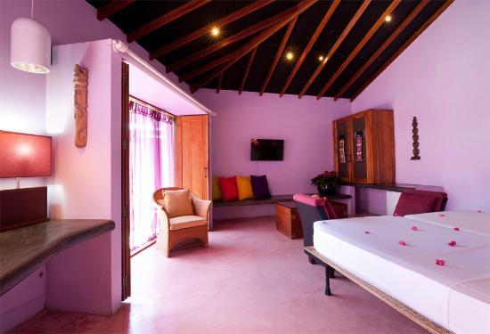 Man Resort Purple Room With Pool Access