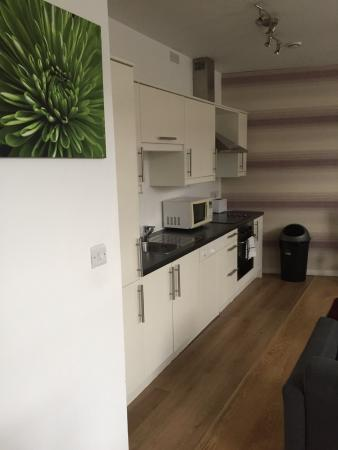 City Stop Manchester: Nice to have a kitchen with dishwasher etc