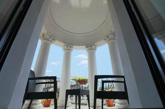 Dharma Hotel: Wellness Suite with Balcony