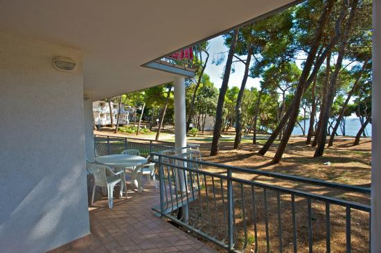 Verudela Beach & Villa Resort: balcony and view