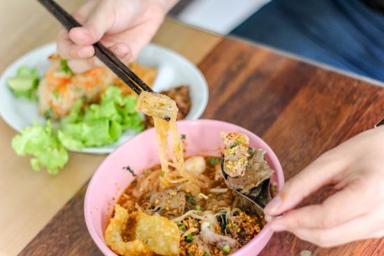 Li la Noodle Soup
