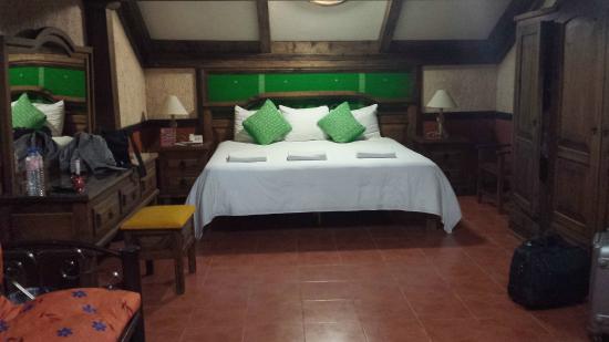 Hotel Mision Colonial: La suite
