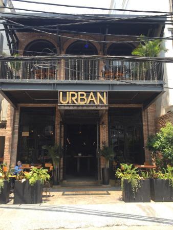 Urban Kitchen + Bar: Urban Kitchen Bar