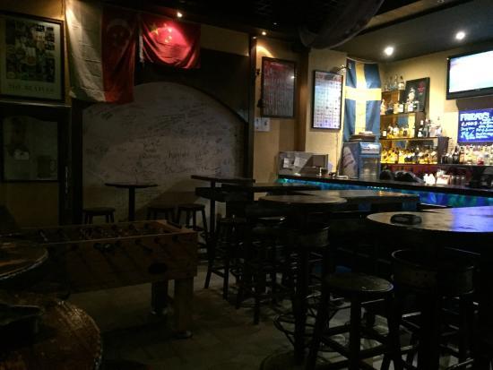 Friday Pub: Salle.