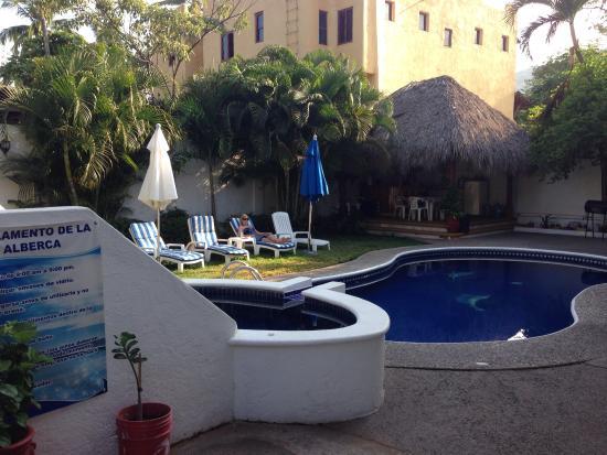 Villas Mercedes: Pool area