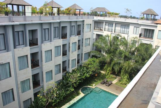 Umalas Hotel and Residence: Pemandangan dari resto (top roof)