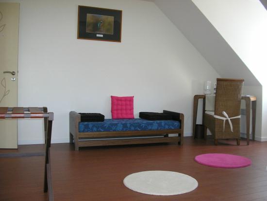logis le chevalier gambette saint armel. Black Bedroom Furniture Sets. Home Design Ideas