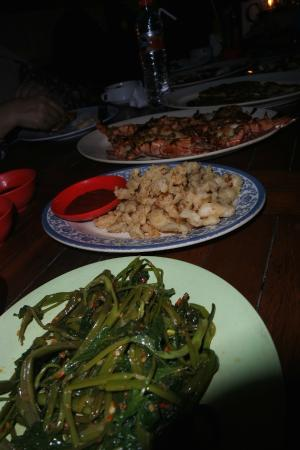 Nyoman Cafe Jimbaran: fried kangkong with belacan