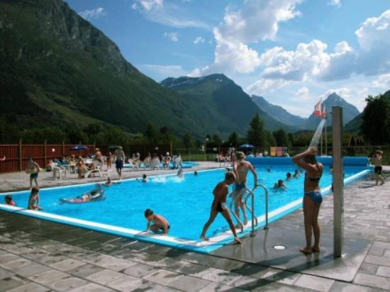 Byrkjelo, Norway: The heated pool