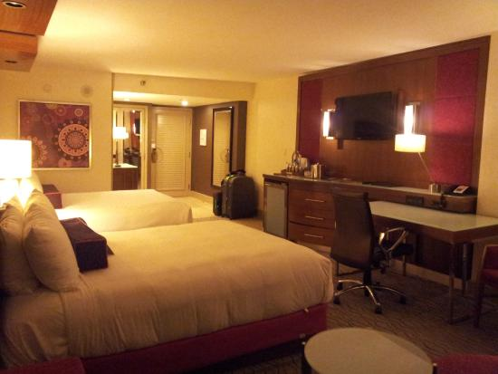 Bedroom Of One Bedroom Tower Suite Picture Of The Mirage Hotel Casino Las Vegas Tripadvisor