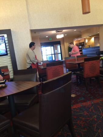 Residence Inn San Diego Sorrento Mesa/Sorrento Valley : Jawrd at work!!