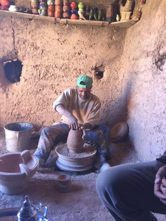 Dar Ahlam : Local Pottery Place