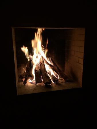 Dar Ahlam : Fire Set For Dinner