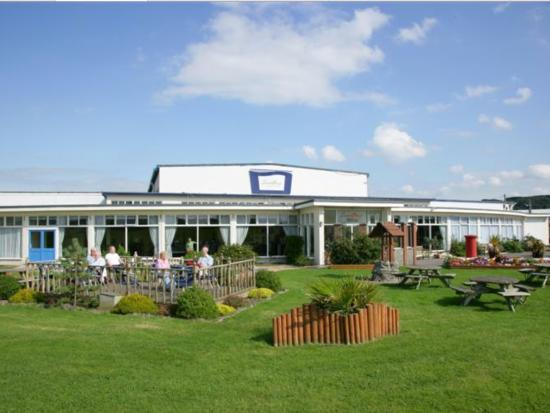 Pontins sand bay holiday park kewstoke england - Hotels weston super mare with swimming pool ...