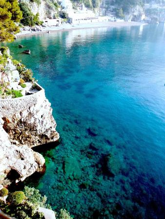 Amalfi Coast Tours: positano beach
