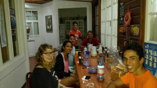 Makus Hostel: Mas amigos