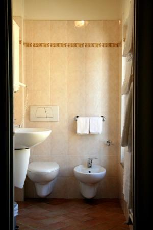 Residence gli Ulivi: BAGNO