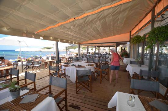 Playa Pampelonne: Lunch on the boardwalk