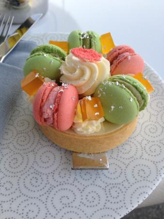 The Yas Lounge: Macaron cake- the pastry and filling underneath was light and delicious