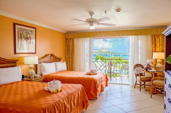 Bay Gardens Beach Resort: Pool View Room
