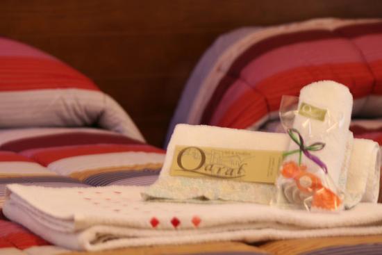 Qaral Bed and Breakfast: Particolare della camera doppia