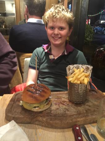 Wildwood Kitchen: Burger and chips