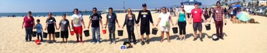 West Covina, Kalifornien: Our team hosts beach clean ups every quarter. Guests are welcome to join!!!