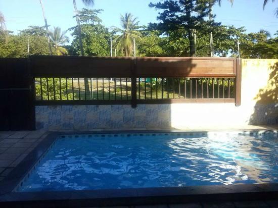 Abrolhos Praia Hotel: Piscina do hotel