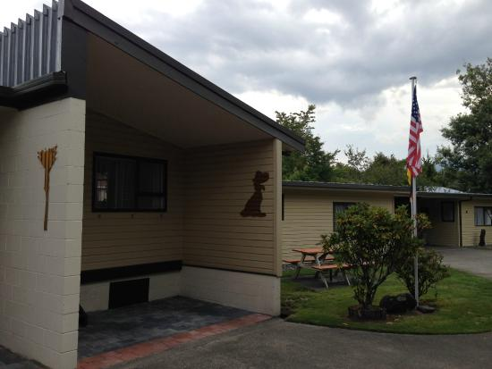 Judges Pool Motel: American flag for us traveling from the States