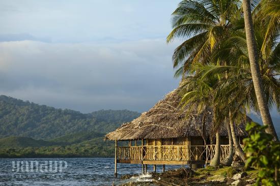Yandup Island Lodge: Overwater cabin