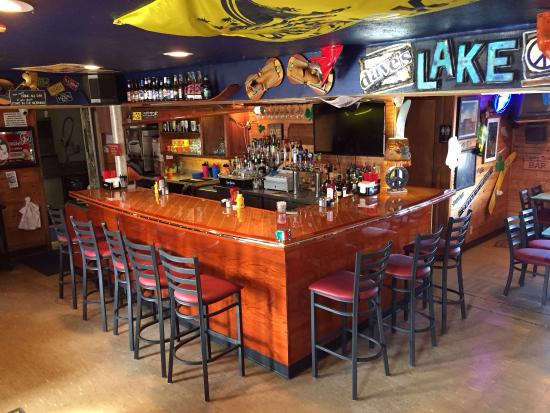 Dave's Lake Shack: Awesome new bar!!