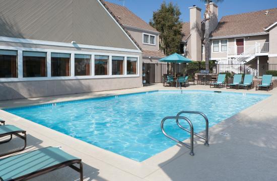 Residence Inn Anaheim Placentia/Fullerton: Outdoor Pool