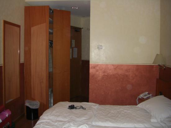 Amadeus Hotel: Stanza 303