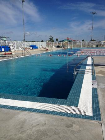 Ann Dever Memorial Regional Park: Deep water pool