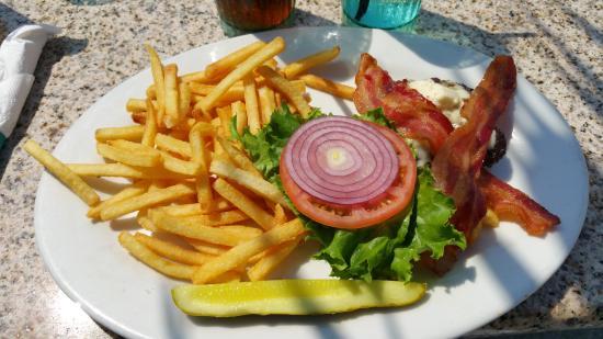 The Mansion: Bacon burger - no bun