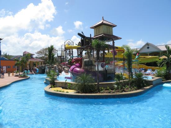 Jewel Runaway Bay Beach Golf Resort Reviews