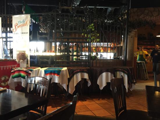 Good food friendly staff decent prices traveller reviews barrigas restaurant tripadvisor for Marty robbins swimming pool el paso