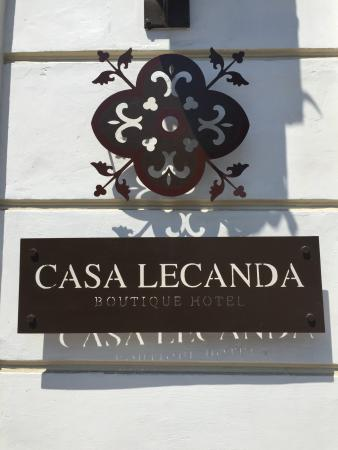 Casa Lecanda Boutique Hotel : Stylish sign on Calle 47