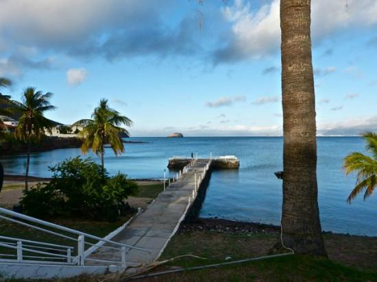 Hotel Playa de Cortes: Walking from pool area down to the Pier