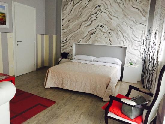 Stanza da letto!!! - Picture of Bed & Breakfast Accademia ...