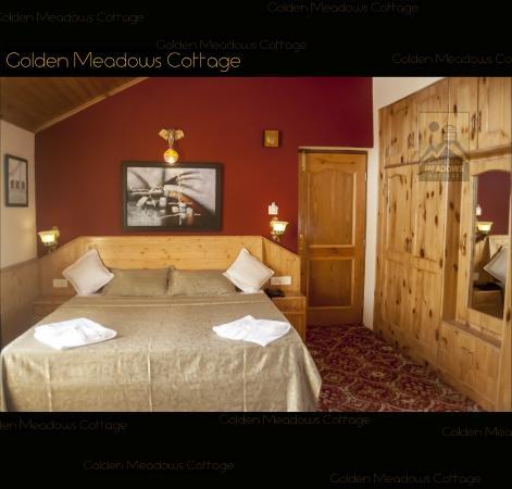 Golden Meadows Cottage
