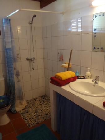 Domaine de Puyferrat : la salle de bain