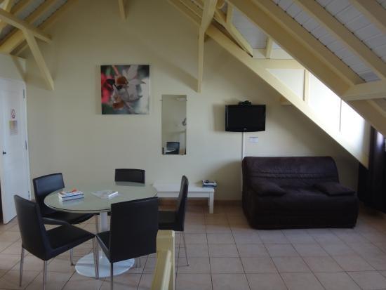 Residence du Village Creole: le studio, côté salon