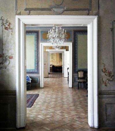 De la Motte - Beer Palota: A XVIII. századi De la Motte - Beer-palota egymásba nyíló szobái