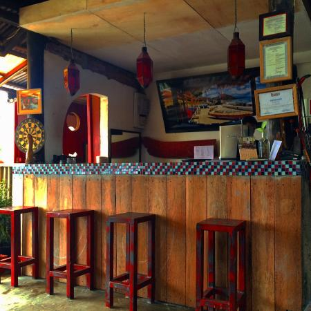 The Lounge Restaurant: Bar