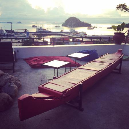 The Lounge Restaurant: SKY BAR