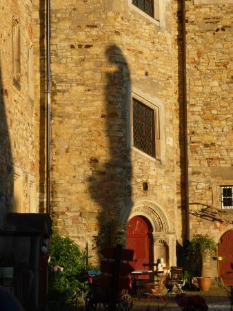 Healing Hotel Castle Schochwitz: Schochwitz Castle Courtyard